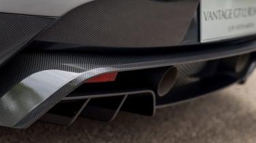 Aston Martin Vantage GT12 Roadster - rear diffuser