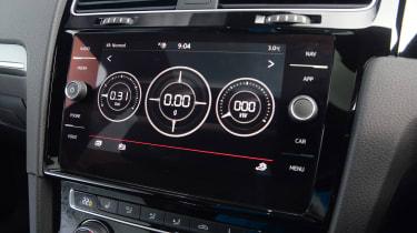 Volkswagen Golf GTI TCR - infotainment