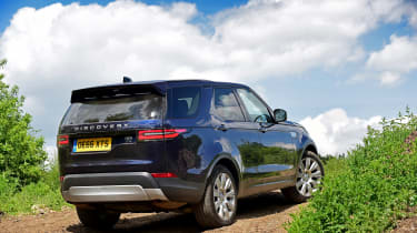 Land Rover Discovery TD6 - rear static