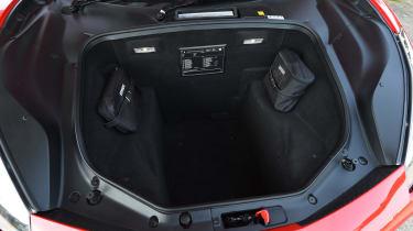 Ferrari 488 GTB 2016 - boot