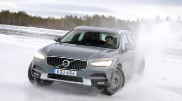 Volvo V90 Cross Country - ice drift