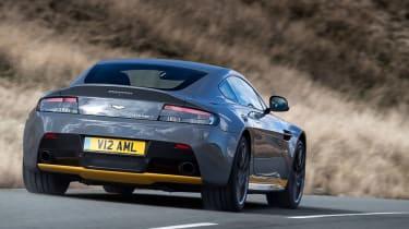 Aston Martin V12 Vantage S 2016 - rear view