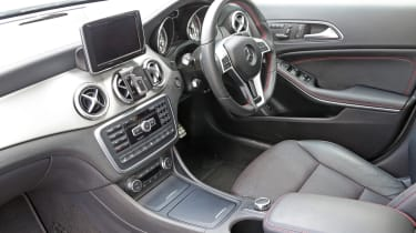 Used Mercedes GLA - dash