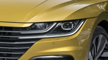 Volkswagen Arteon review - gold headlight and grille