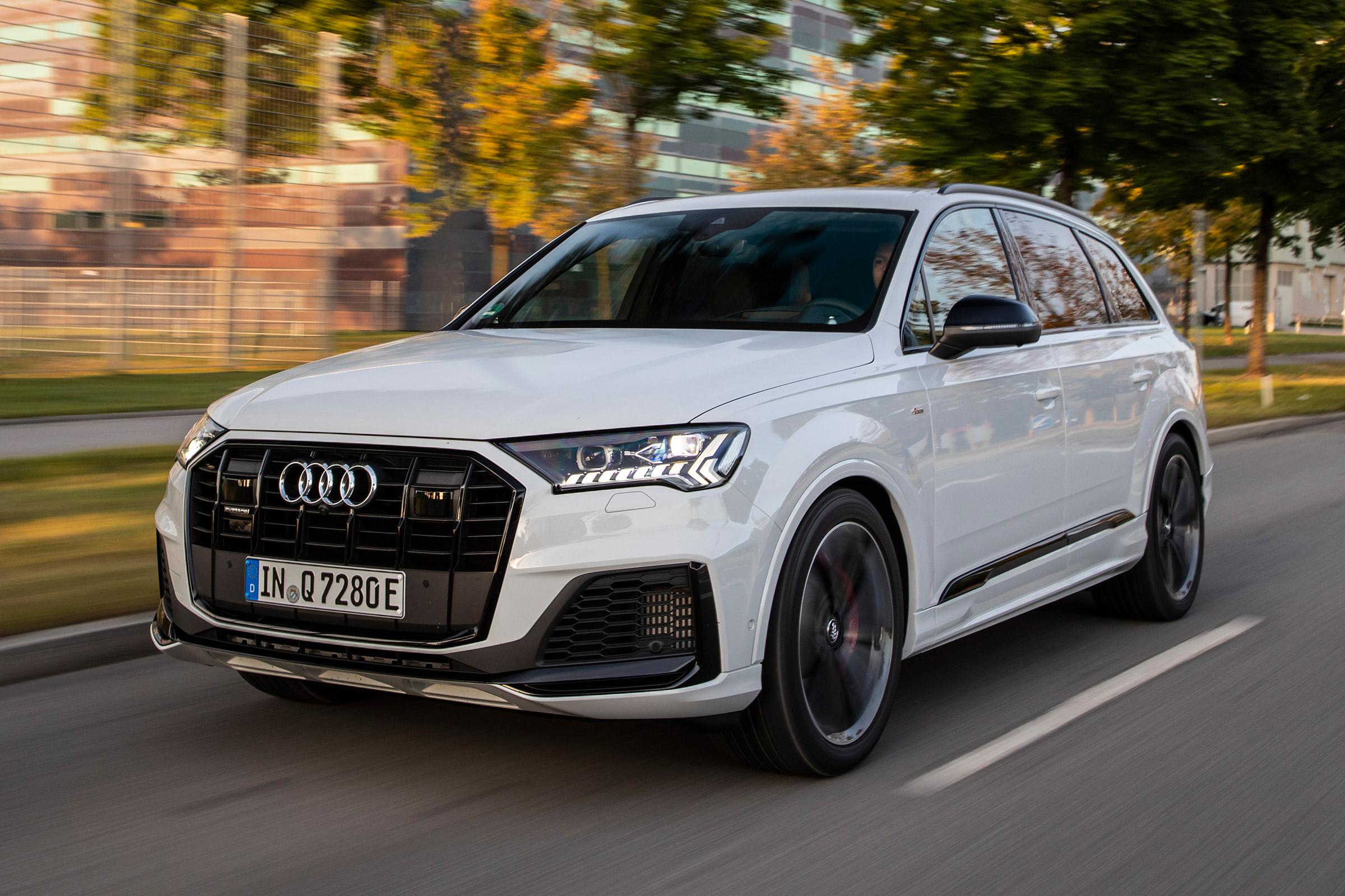 New Audi Q7 60 Tfsie 2019 Review Auto Express