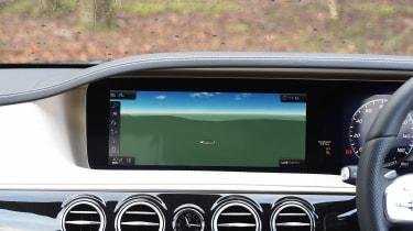 Mercedes S-Class - sat-nav