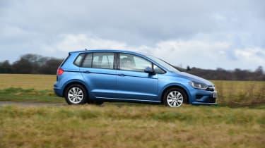 VW Golf SV BlueMotion side