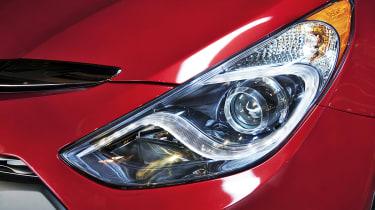 Hyundai Sonata Hybrid light