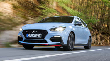 Hyundai i30 N - front tracking