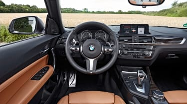 BMW 220d Convertible - dash