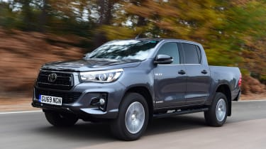 Toyota Hilux - front