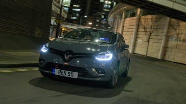 Renault Clio Urban Nav - front action