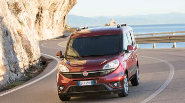 Fiat Doblo 2015 - front