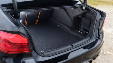 BMW M5 - boot