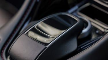 Aston Martin DB11 Volante - controls