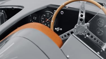 Jaguar D-Type continuation dash