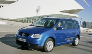 VW Touran Hymotion