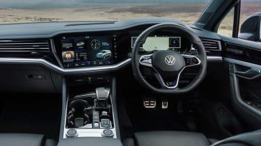 Volkswagen Touareg R - dash