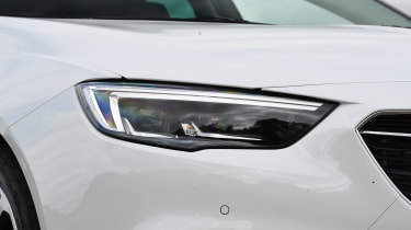Vauxhall Insignia Grand Sport - front light