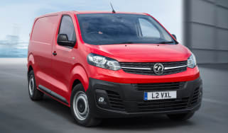 Vauxhall Vivaro - front tracking