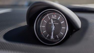 Mercedes-AMG SL 65 - clock