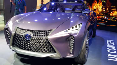 Lexus UX - Paris front