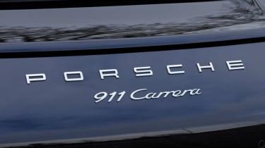 Porsche 911 Carrera badge