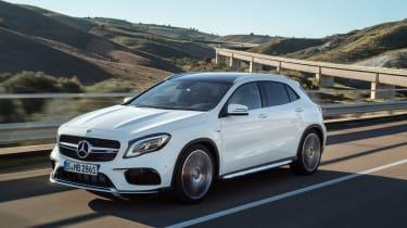 Mercedes-AMG GLA 45 2017 - front tracking