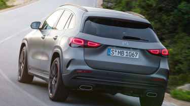 Mercedes GLA - rear cornering