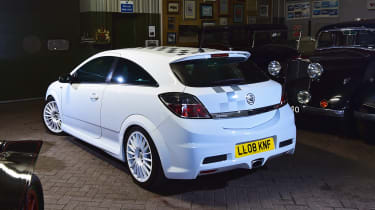 Magnificent Seven: Vauxhall Astra mk5