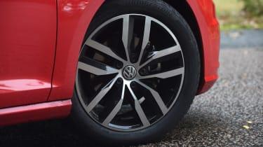 VW Polo - rear cornering
