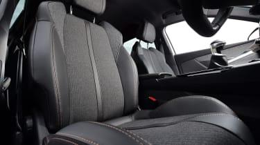 Peugeot 3008 - front seats