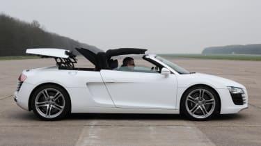 Audi R8 Spyder 4.2 FSI profile