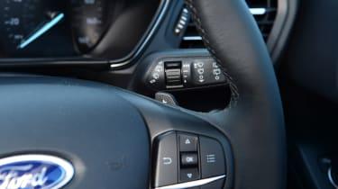 Ford Focus Active - steering wheel