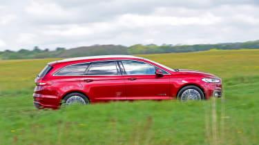 Ford Mondeo Hybrid Estate - side