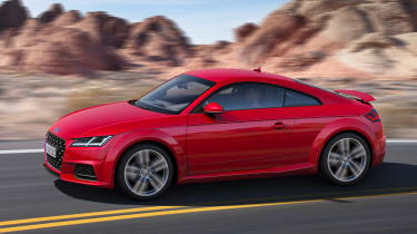 Audi TT - side