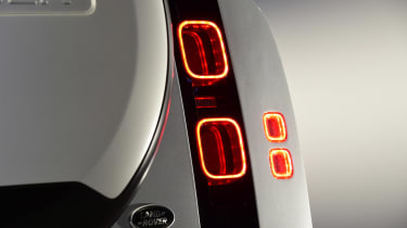 Land Rover Defender - studio rear light