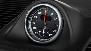 Porsche Macan Turbo Performance Pack - clock