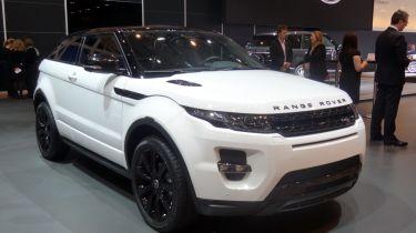 Range Rover Evoque 4x4 fording