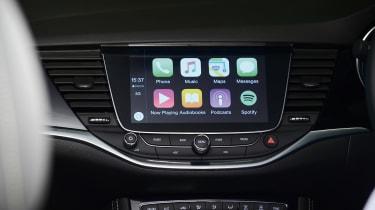 Vauxhall Astra Apple CarPlay