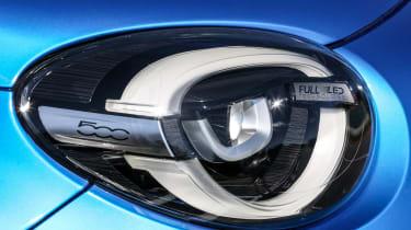 Fiat 500X - headlight