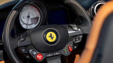 Ferrari Portofino M - steering wheel