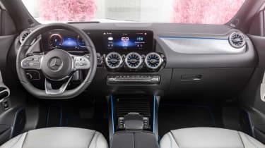 Mercedes EQA - cabin