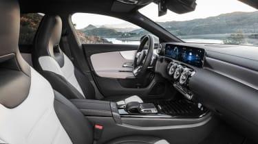 Mercedes CLA Shooting Brake - interior