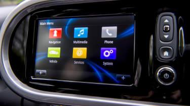 Renault Twingo GT - infotainment screen