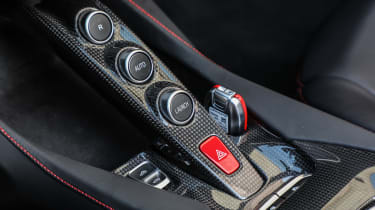 Ferrari Portofino - buttons