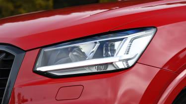 Audi SQ2 - front light