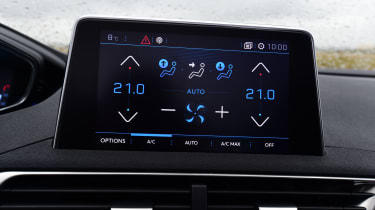 Peugeot 3008 brown - climate control