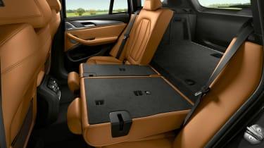 BMW X3 - seats down