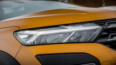 Dacia Sandero Stepway - front light